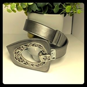 Coldwater Creek silver leather adjustable belt